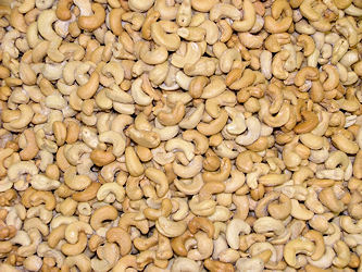Freshly cooked cashews sold by the pound and shipped anywhere!